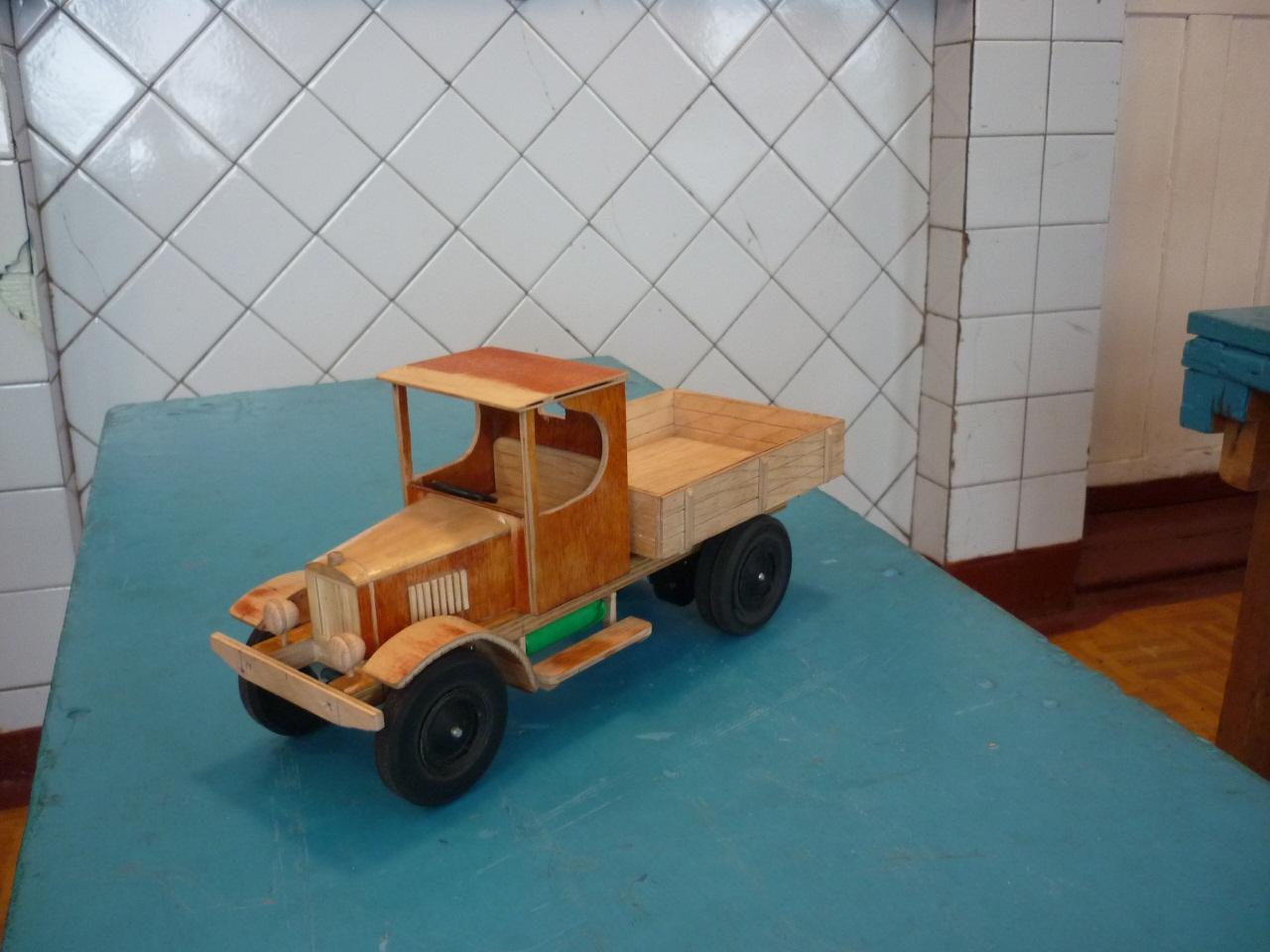 Сделать машинку из дерева своими руками 623