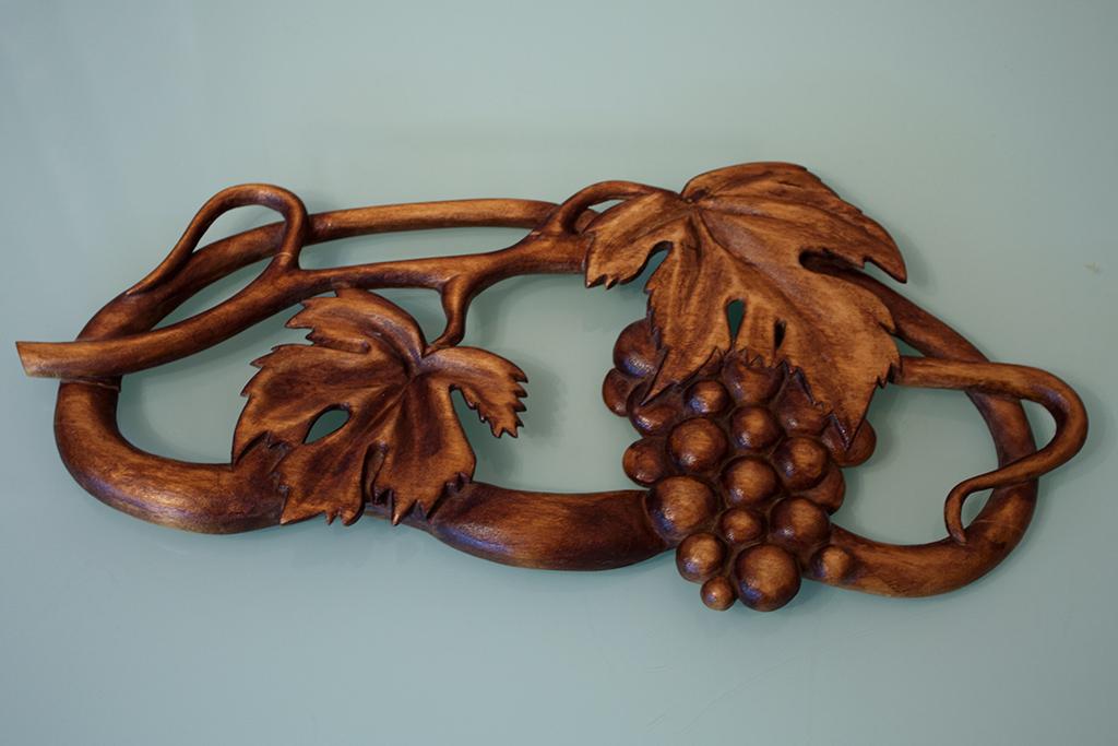 Резьба по дереву - Виноград
