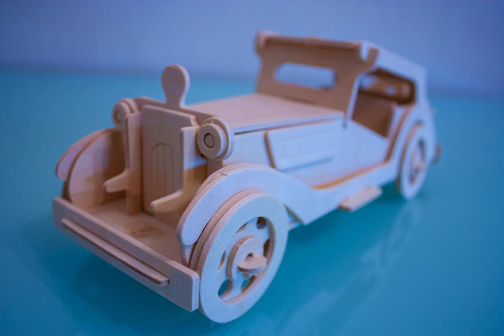 Автомобиль из фанеры своими руками